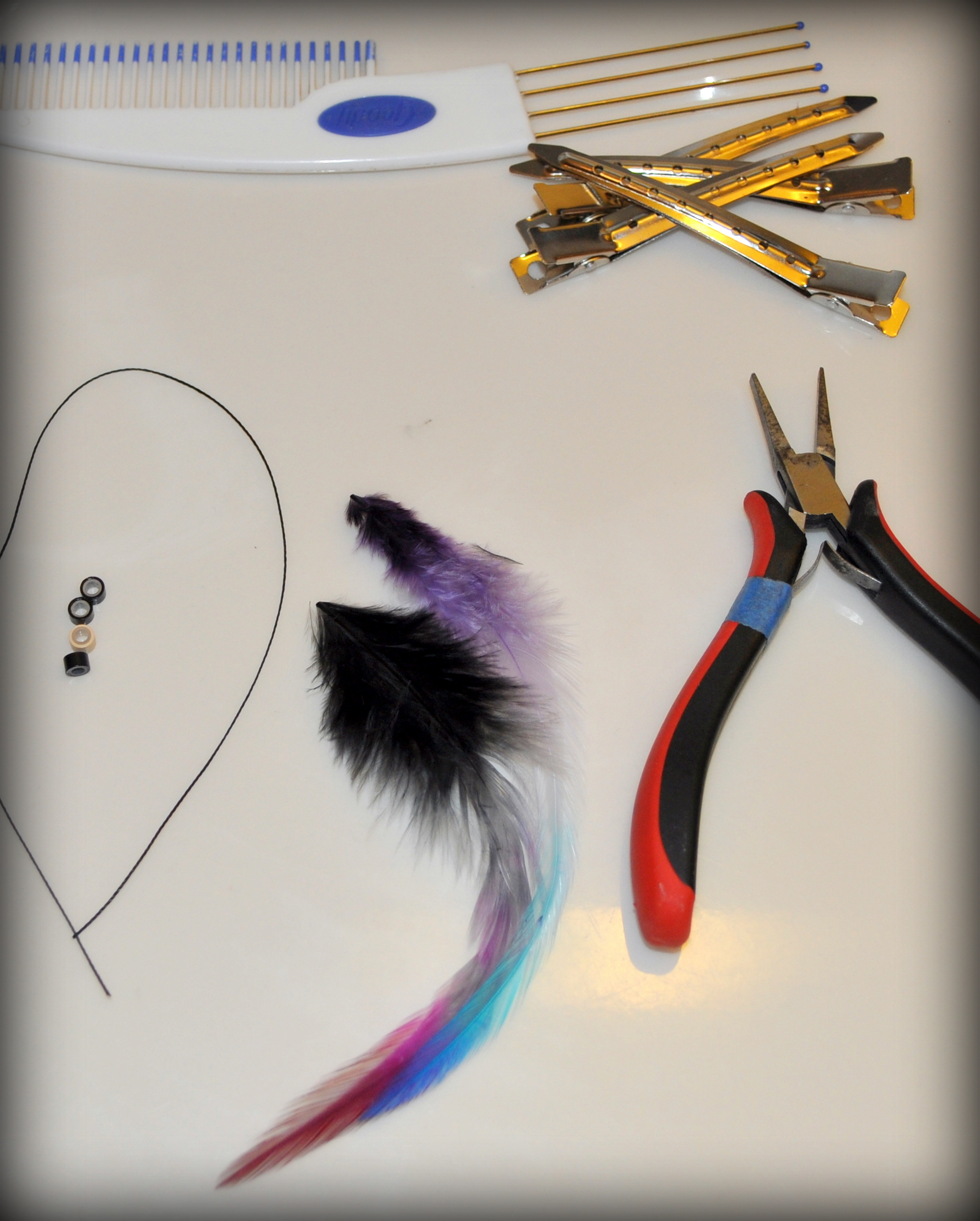 Diy Feather Hair Extensions No Special Tools Required Shipwreck